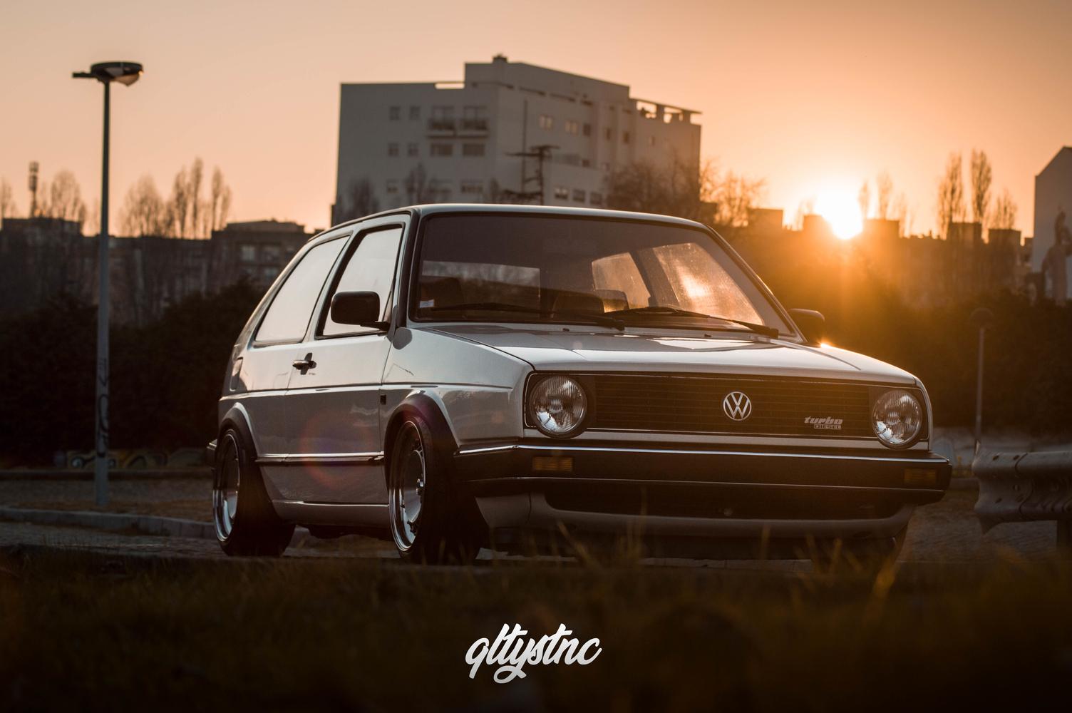 VW Golf Mk2 Van – Miguel Rocha